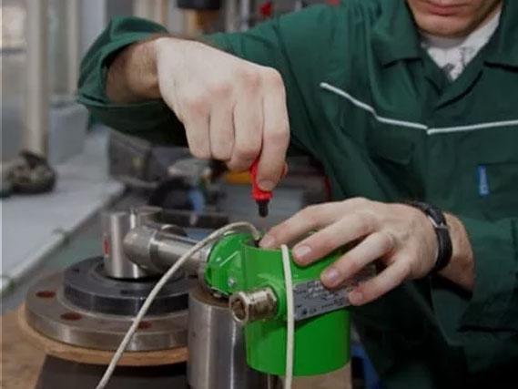 заказать ремонт оборудования
